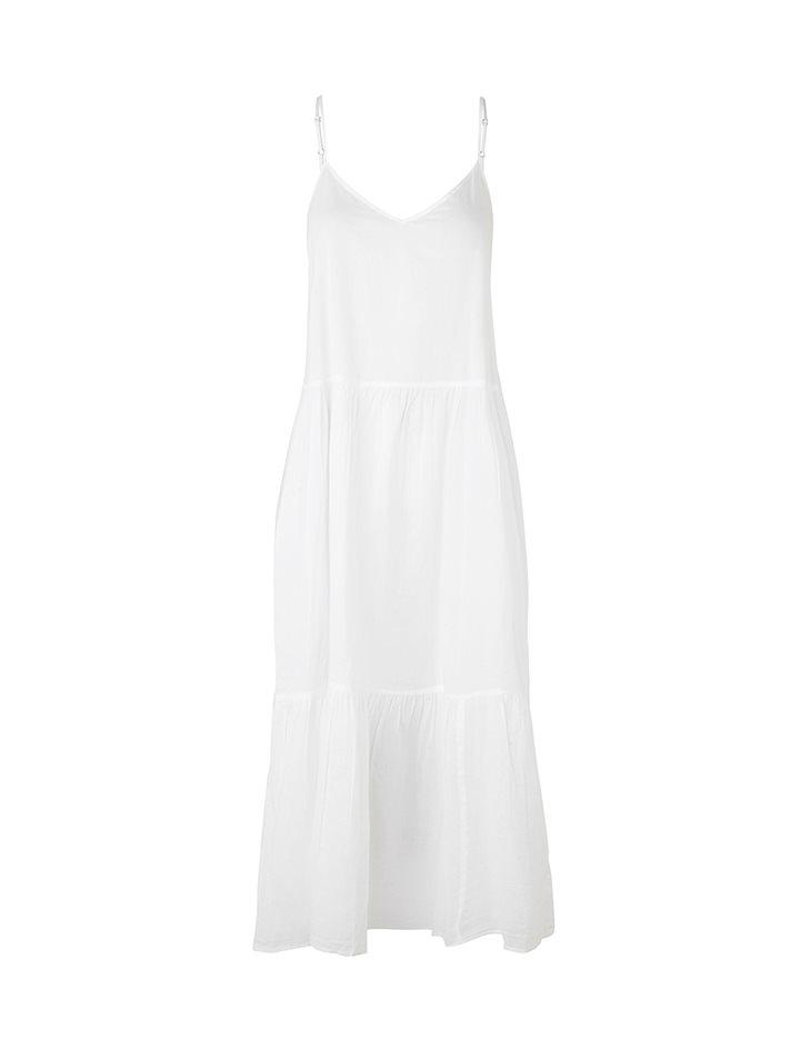 b07e7ba37ecf Shop Marla Kjole - White - mbyM